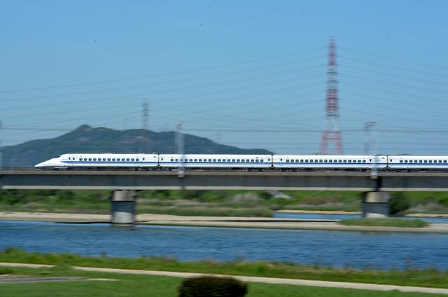 0508加古川橋梁700系下り.JPG