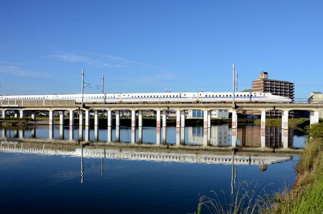 0928・12江井ヶ島N700A水鏡.JPG