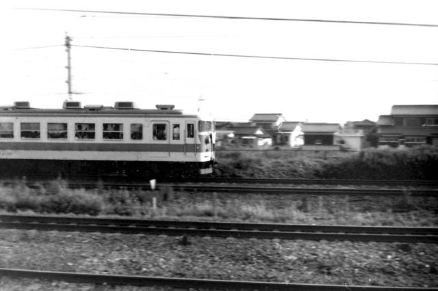 153系ブルーライナー宝殿駅Side.JPG