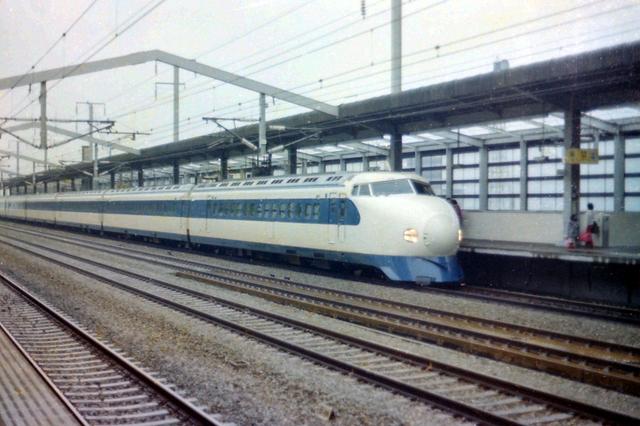 こだま国鉄0系西明石.JPG