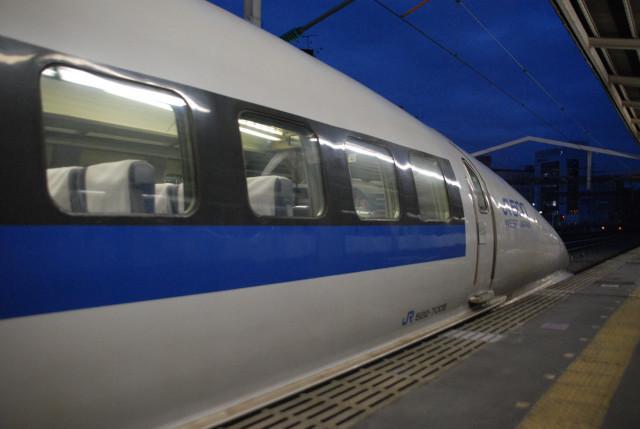 西明石下り500系サイド.jpg