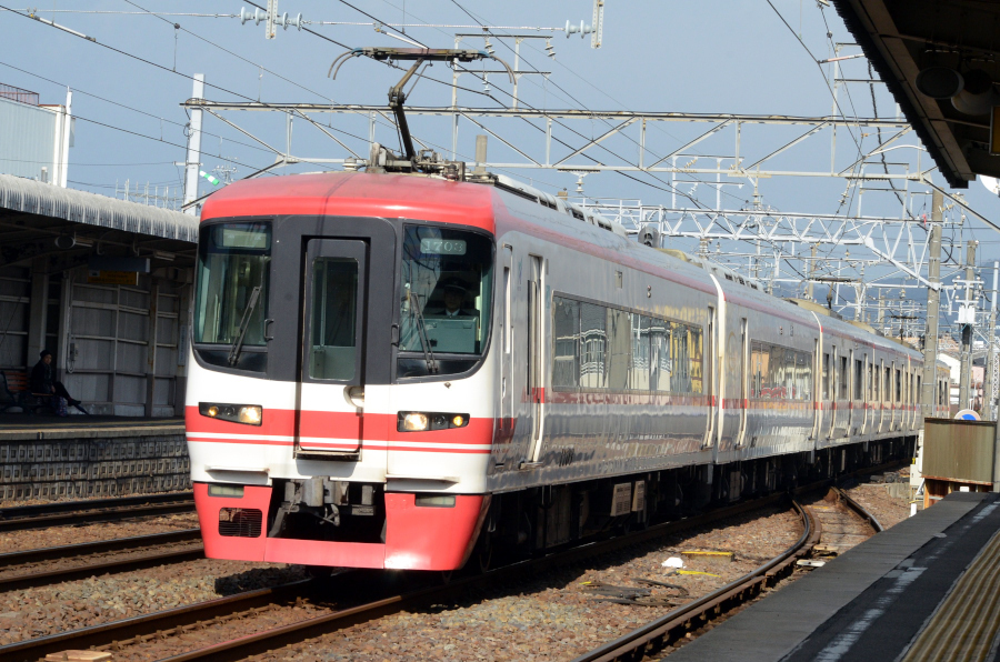010504岐南名鉄1703.JPG