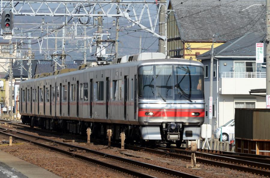010504岐南名鉄5007.JPG