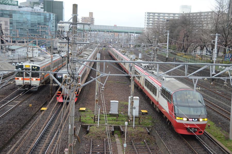 0321金山名鉄1000リニューアル・2200・JR311.JPG