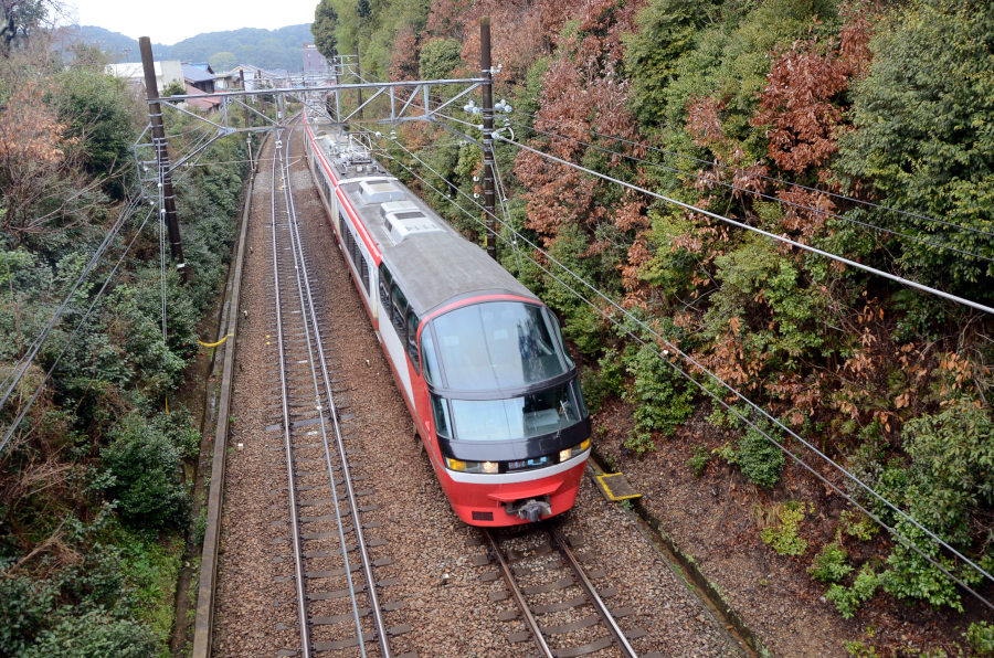 0322名電山中名鉄1000リニューアル俯瞰.JPG