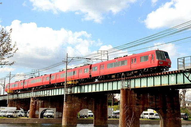 0401名鉄乙川5700系全景.JPG