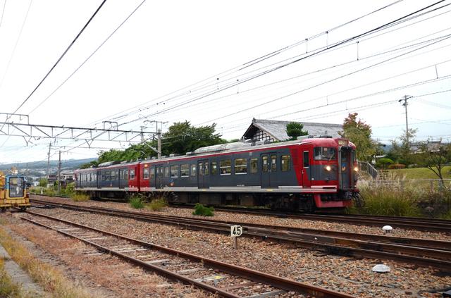 1002小諸115系しなの鉄道標準色.JPG