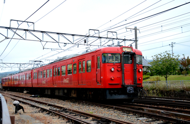 1002小諸115系コカ・コーラ4.JPG