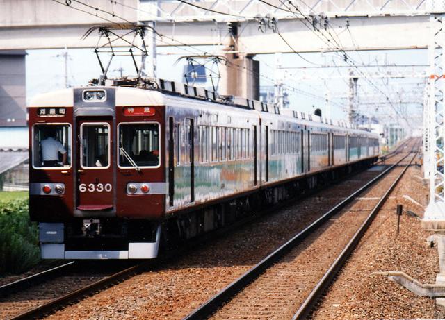 2002阪急6330南茨木.jpg