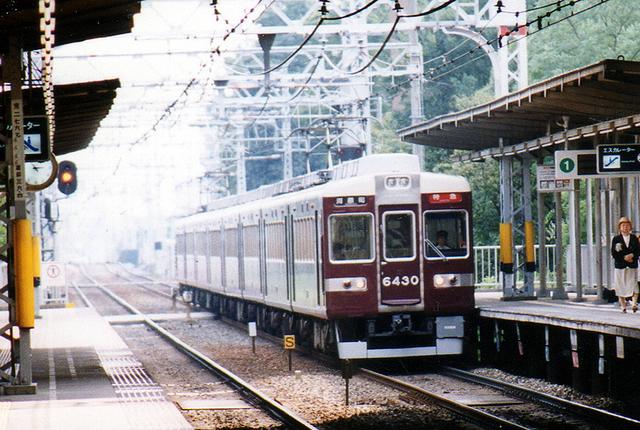 2002阪急6430南茨木.jpg