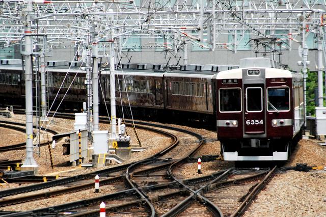 2008阪急6354梅田.JPG