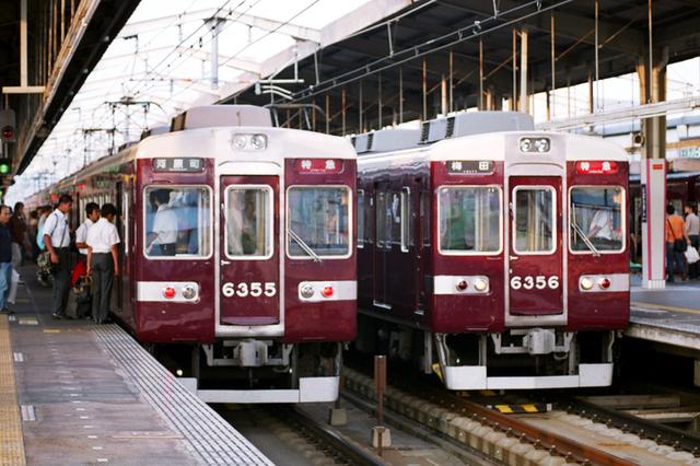 2008阪急6355・6356高槻市.JPG