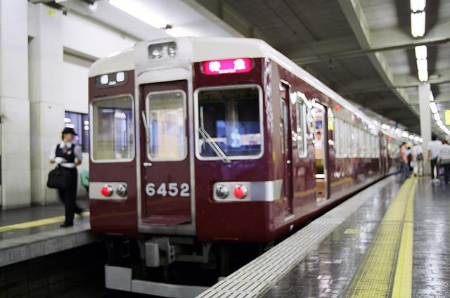2008阪急6452梅田.JPG