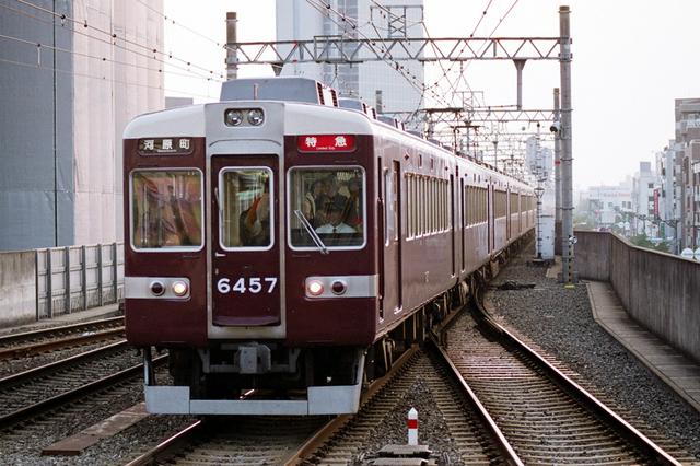 2008阪急6457茨木市.JPG