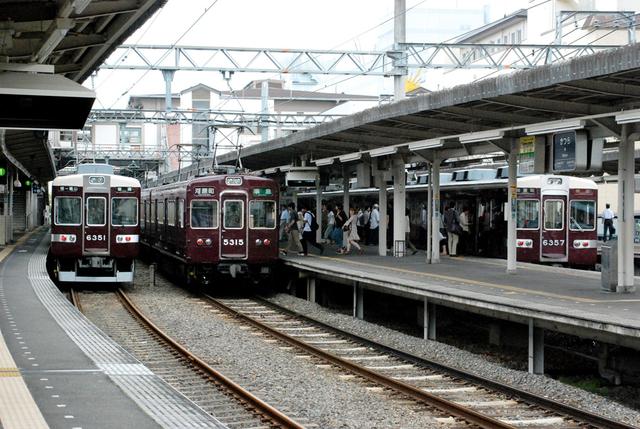 2008阪急桂6357・6351・5315.JPG