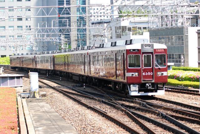 20100503阪急6350臨時特急梅田.jpg