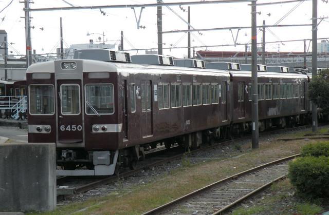 2011122阪急正雀6450休車.jpg