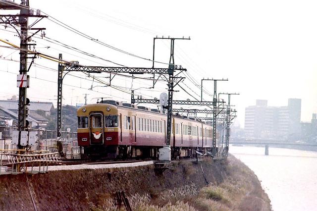 京阪3515鴨川.jpg