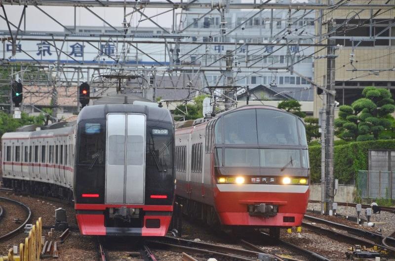 名鉄1000・2200神宮前.jpg