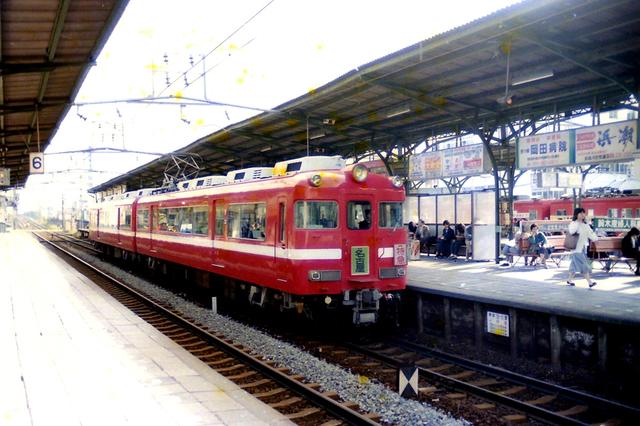 名鉄7700白帯西尾線特急知立.JPG