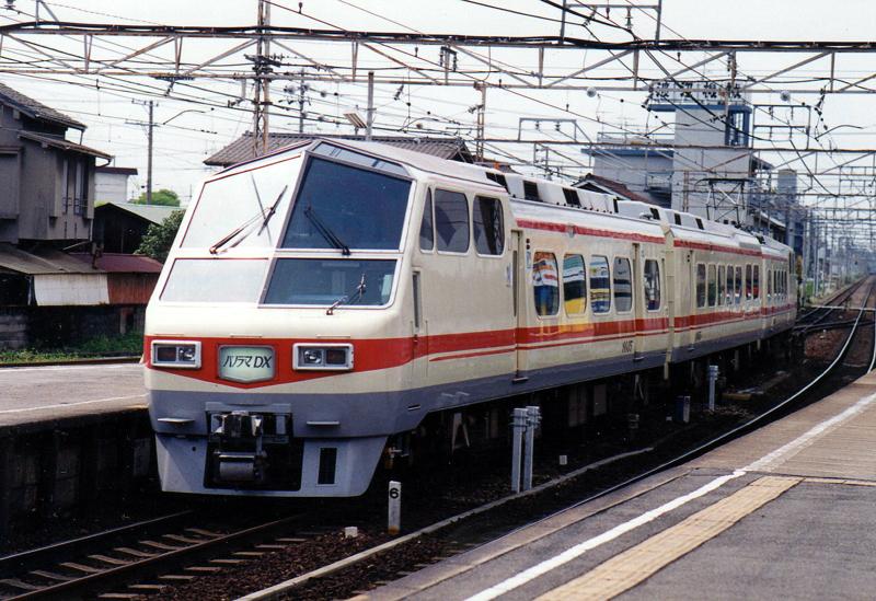 名鉄8800知立2008.jpg