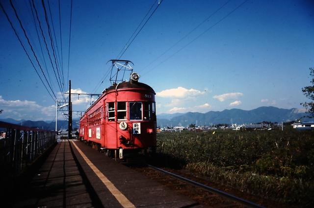 名鉄揖斐下方駅513.JPG