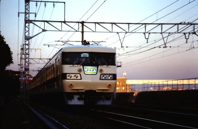 国鉄117須磨列車線下り.JPG