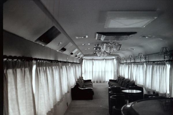 新高砂なにわスロフ14703車内展望室web用.jpg