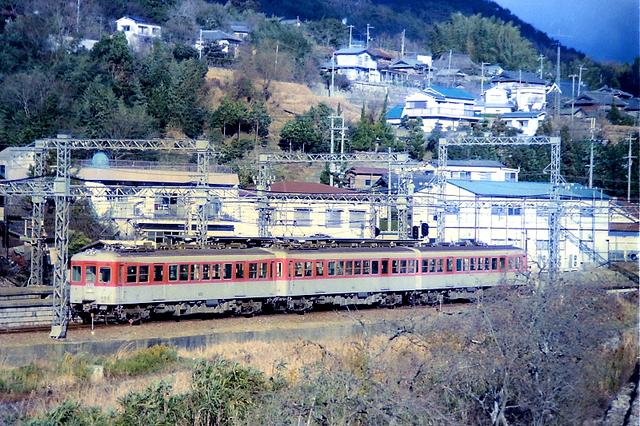 神戸電鉄802谷上カラー.jpg