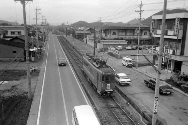 美濃町線赤土坂4・600形俯瞰.JPG